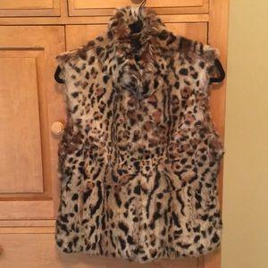Adrienne Landau fur vest leopard print